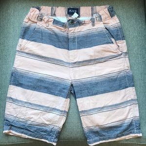 Boys shorts with stripes